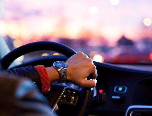 ¿Cómo funciona la conectividad en un vehículo?